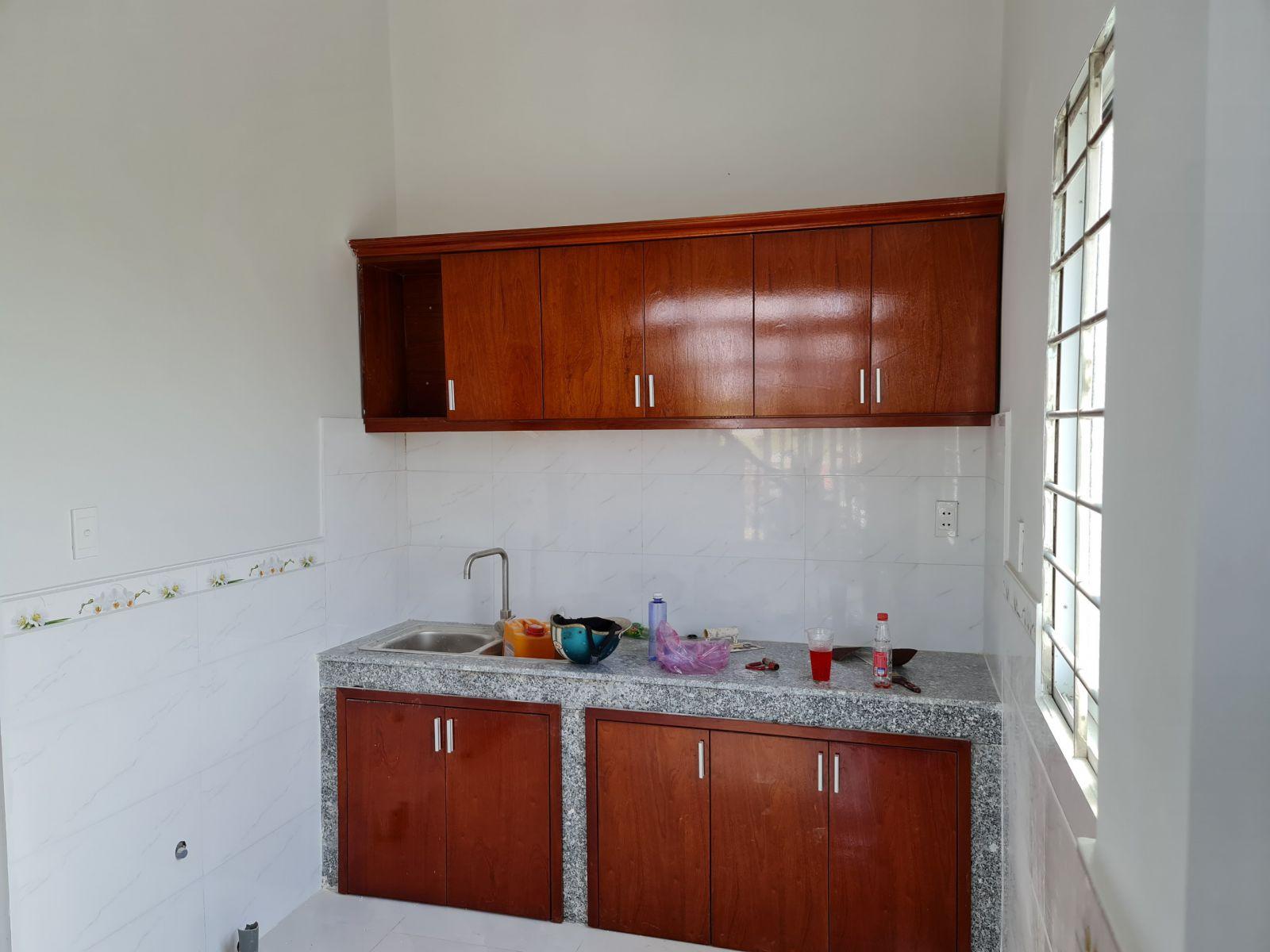 không gian bếp đang xây dự án king golden long an